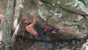 "<a href=""https://strengthclimbing.com/experimental-hangboard-training-program-daniele/"" target=""_blank"" rel=""noopener noreferrer"">Daniele (V11/8A, 5.13c/8a+) </a>"