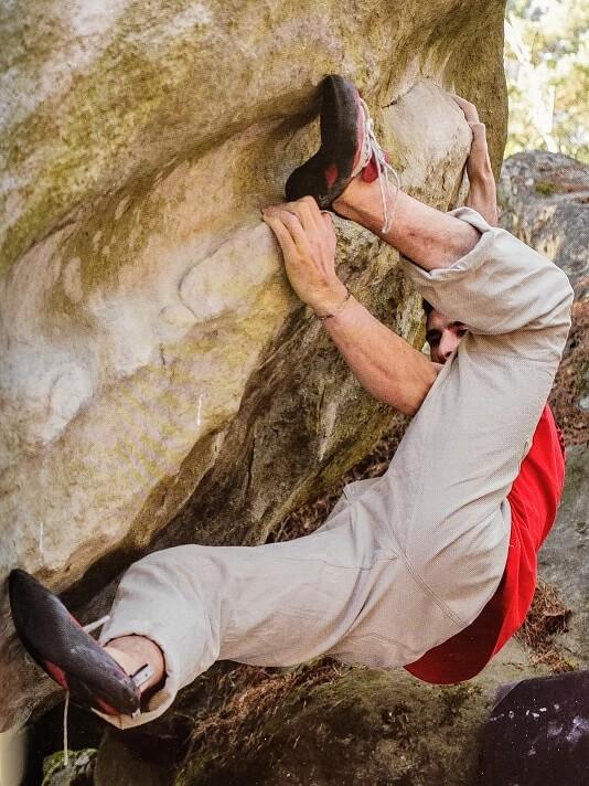 Bleau Blocks Alien 7C Fobtainebleau bouldering